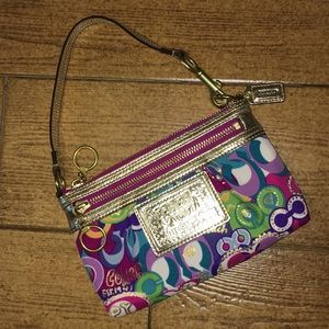 Coach Poppy POP C Design Wristlet